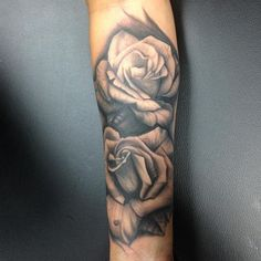 Heres an awesome rose from @little_pingping Doing the best black and grey tattoos in San DIego www.bodymarkstattoos.com #tattoo #flower #rose #black&grey #bodymarkstattoo #sandiego #sandiegotattoos #little_pingping #northpark #elcajonblvd