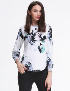 SHEINSIDE - http://www.sheinside.com/White-Long-Sleeve-Oversized-Floral-Top-p-180977-cat-1733.html