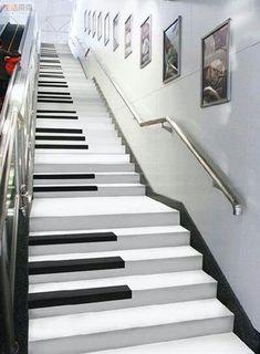 #Música / #Instrumentos & #Afins ☆ Escada Piano ☆