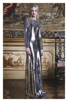http://www.vogue.com/fashion-shows/pre-fall-2016/roberto-cavalli/slideshow/collection