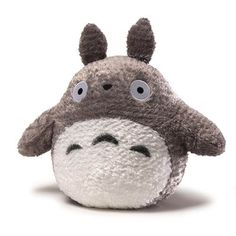 The largest, most huggable Totoro available! This large size Gray Totoro is every Ghibli fan's dream. Totoro's plushy tail and extra Zoro Roronoa, Girls Anime, Mode Shop, My Neighbor Totoro, Hayao Miyazaki, Studio Ghibli, Pet Toys, Baby Toys, Plushies