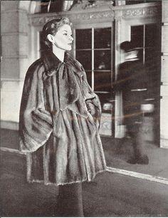 Lisa Fonssagrives, 1951
