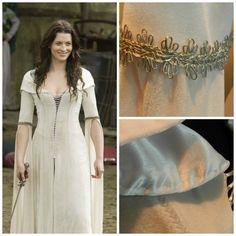 Legend of the Seeker Kahlan's white dress confessor by Crinolines