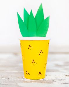 DIY Pineapple Cup by Easy As That.