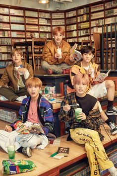 Welcome back Winwin on NCT 127 😘✨💕 Nct 127, Nct Winwin, Lucas Nct, Taeyong, Jung Woo, Entertainment, Fandoms, Na Jaemin, Kpop
