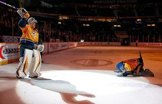 Gnash bows down to Pekka Rinne, who salutes the home crowd after shutting the door with a 31-save shutout for the Nashville Predators. #WereNotWorthy