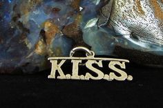 """Sterling Silver Alcoholics Anonymous AA Saying """"K I s s """" Pendant   eBay"""