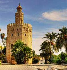 sevillllaaaaaaa torre del oro en Spain