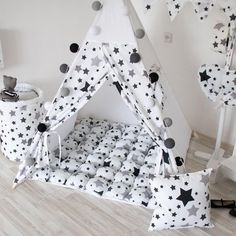 Kids teepee Tipi infant Play tent Teepee kids Baby tent Tipi Nursery decor Playhouse Baby gift Teepee tent Babyshower gift READY TO SHIP Baby Tent, Kids Teepee Tent, Teepees, Baby Room Decor, Nursery Decor, Baby Boy Rooms, Baby Sewing, Mom And Baby, Kids Decor