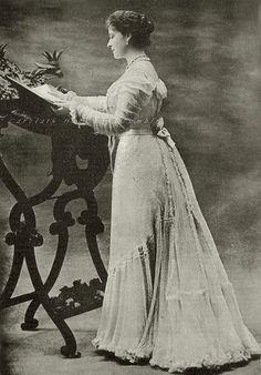 Grand Duchess Elisabeth Feodorovna Romanova of Russia, neé Princess of Hesse. 1900s.