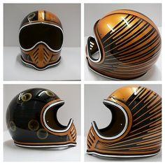 Bell | Moto III    #cafe #motorcycle #Cretins