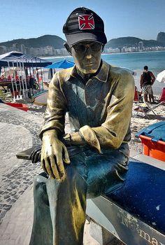 """Carlos Drummond de Andrade """"Não digo que sou um Vascaíno doente, pois doente é quem não é Vascaíno"""" Carlos Drummond de Andrade em Copacabana"""
