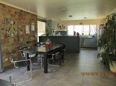 A relaxing stay in the bush?  House Sitter Needed  Maiden Gully, Urban, Bendigo   North Central,VIC Australia  May 1,2014 For Approx 6 mths | Micro Term Not a member? Join today to contact homeowner meandhim6667 We are looking for a mature couple who are experienced gardeners to enjoy living in our Sandstone home on an 11 acre bush block , and to look after our garden (mostly watering). The garden although extensive is low maintenance as most of it is on watering systems with timers
