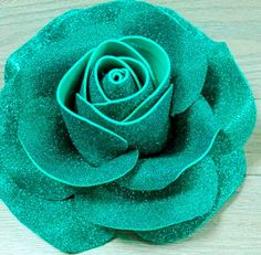 Cool Paper Crafts, Paper Flowers Craft, Giant Paper Flowers, Flower Crafts, Diy Flowers, Diy Paper, Fabric Flowers, Foam Board Crafts, Foam Sheet Crafts