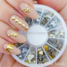 金属ネイルアート3dアクリル合金ホイールスタッドを爪の装飾のラインストーンの携帯電話の付属品