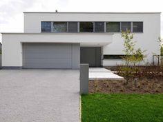 Moderne woning • nieuwbouw • witte gevel • architect Kathleen Nuyens # livios.be