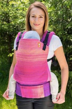 Meeyoo Rosie Fuschia Weft TULA BABY CARRIER Best Baby Carrier, Baby Carriers, Babywearing, Blankets, Tulle, Baby Wearing, Blanket, Cover, Infant Clothing