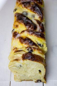 Ciasto drożdżowe z serem to jeden z najlepszych przepisów na ciasto drożdżo... - #ciasto #drożdżo #drożdżowe #jeden #na #najlepszych #przepisów #serem Polish Recipes, Polish Food, Sweets Cake, How To Make Cake, Lasagna, Food Porn, Food And Drink, Cooking Recipes, Tasty