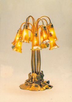 Tiffany Glass Lily lamp