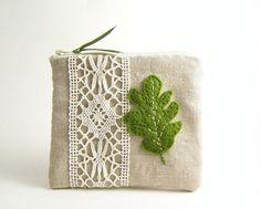 Oak Leaf Linen Zipper Pouch