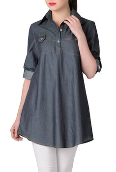 Buy stylish womens tops, designer tops, tunic tops and summer tops. Explore a wide variety of tops ranging from solid, printed to embellished tops. Denim Tunic, Tunic Shirt, Tunic Tops, Short Kurti Designs, Girls Kurti, Western Style Shirt, Fashion Outfits, Womens Fashion, Fashion Clothes