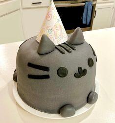 Pusheen Birthday, Birthday Cake For Cat, 12th Birthday, Birthday Ideas, Fondant Cat, Wilton Fondant, Mini Tortillas, Cat Cakes, Cupcake Cakes