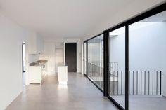 Galería de Edificio ZLA / Estudio BaBO - 4