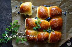 Kulinarne przygody Gatity: Jagodzianki do odrywania