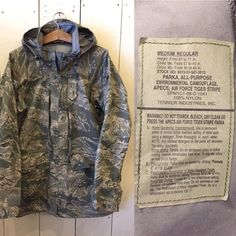It's Arrived〜 00s MILITARY ALL-PURPOSE PARKA. AIR FORCE TIGER STRIPE. Size MED-REG. FOR SALE. webstore. truevintage.jp  #usairforce #allpurpose #tigerstripe #vintagemilitary #militaryclothing #truevintage_sendai #truevintage #sendai #true #truestyle #usa #instagood #仙台 #FORSALE
