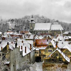 -cityoflove:    Brasov, Romania via23gxg