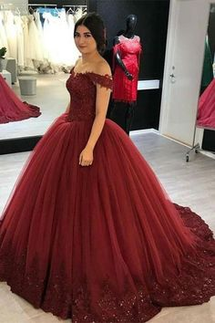 Lovely Lace Appliques V-neck Off Shoulder Tulle Wedding Dress Ball Gowns Red Ball Gowns, Tulle Ball Gown, Ball Gowns Prom, Ball Gown Dresses, Party Gowns, Evening Dresses, Party Dress, 15 Dresses, Quinceanera Dresses Maroon