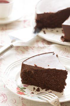 Gâteau Moelleux Tout Chocolat {ou presque} sans gluten & #vegan {+ petit cours de pâtisserie végétale}