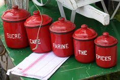 Here we will talk about the red kitchen accessories. Red accessories give life to your kitchen. Red accessories show itself. The red color is appetizing feature. Red Kitchen Canisters, Kitchen Items, Kitchen Containers, Red Kitchen Decor, Cozy Kitchen, Vintage Home Decor, Vintage Kitchen, French Kitchen, Red Kitchen Accessories