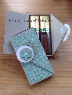 Hier die Minimerciverpackung in einer anderen Version + Innenleben. Die Idee hab ich übrigens bei Nadja Haschke gesehen - schaut doch mal auf ihrem Blog vorbei!