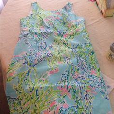 BNWT Cathy shift dress TRADE ONLY Got at the after party sale and thought the 4 would work but it's just too big! Looking to trade for the exact same dress in size 2 Lilly Pulitzer Dresses