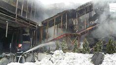 Peste 260 de pompieri au intervenit timp de peste sase ore pentru stingerea incendiului izbucnit la un club din sectorul 2 al Capitalei