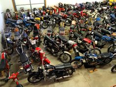 Motorcycle Dream Garage 60's and 70's Japanese Motorcycles Collection (Rizingson Vintage Motorcycles Shop)