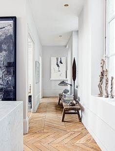 House tour: a modern French apartment within an opulent shell - Vogue Living HALLWAY/ inspo French Apartment, Parisian Apartment, French Country Rug, French Country Decorating, Modern French Decor, Design Parquet, Antique Bench, Interior Architecture, Interior Design