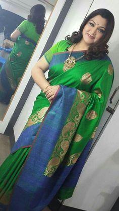 South Indian Sarees, Indian Bridal Lehenga, South Indian Bride, Indian Beauty Saree, Beautiful Saree, Beautiful Outfits, Aunty In Saree, Beautiful Women Over 40, Tussar Silk Saree