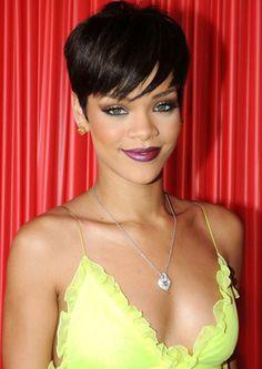 Rihanna Kilo Aldı Ama Moda İkonu Olmaya Devam - KADININ TRENDİ