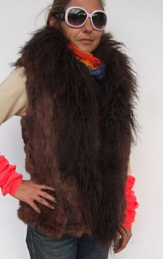Absoluter Trend! Fellweste-Unikat von Cerrita Corium auf DaWanda.com- Haute Coture Fashion from Ibiza. 100% Rabbit Fur, with Tibetlamm and wool knitting. Ware it on fur side or on knitting side!