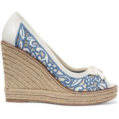 Tory Burch Lucia embroidered mesh and leather wedge espadrilles (€125) ❤ liked on Polyvore featuring shoes, sandals, heels, ivory, ivory sandals, espadrille sandals, peep toe wedge sandals, platform espadrille sandals and wedge sandals