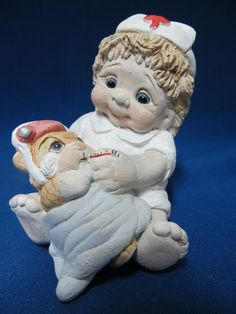 Dreamsicles Junior Nurse Figurine Nursing DK029 Kristin 1996 Cast Art
