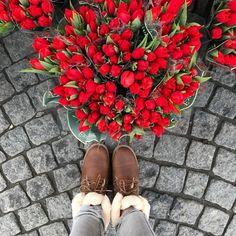 EMU Lammfellschuhe Damen - Pelzmode Philipp Sladky in Perchtoldsdorf Hiking Boots, Leather, Fashion, Flowers, Fur Fashion, Lamb, Beautiful Flowers, Nice Asses, Moda