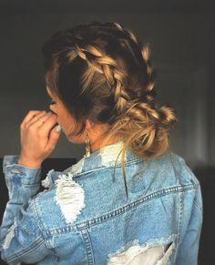 pig tail braids into messy bun. Nice Women's Hair Styles pig tail braids into … Hair Day, New Hair, Braids For Long Hair, Hair Styles For Long Hair For School, Braid Hairstyles For Long Hair, Braided Hairstyles For School, Hair Ideas For School, Teenage Hairstyles, Wedding Hairstyles