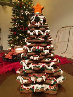 Gingerbread christmas tree, 2017 edition 🎄🎄🎄