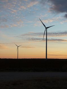 Wind Helped Keep Lights On in Texas During Cold Snap - Wind power is getting some credit for keeping the lights on in Texas as fossil fuel-fired power plants were nearly maxed out during the coldest days of the winter so far.