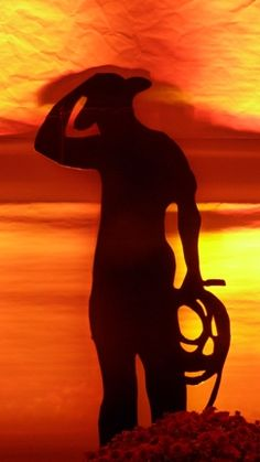Another silhouette.  Love background, too.
