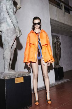 http://www.vogue.com/fashion-shows/resort-2017/emilio-pucci/slideshow/collection