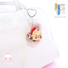 #ぽしながき  ひろしのキッチンカーでやいたふんわりかぷケーキがバックちゃーむになりました✨ Christmas Ornaments, Holiday Decor, Christmas Jewelry, Christmas Decorations, Christmas Decor